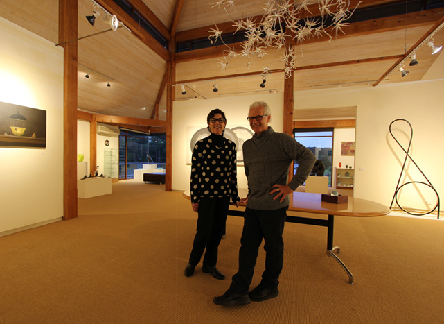 Nina and Ashley Jones – Directors and owners of the gallery